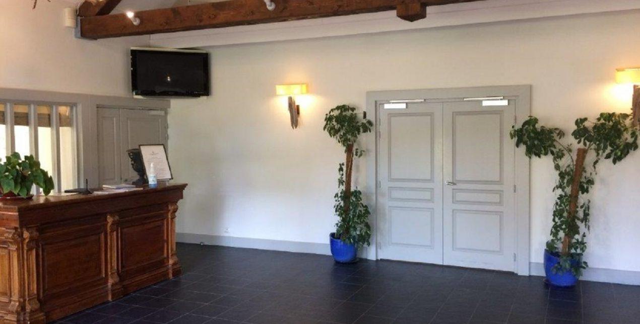 Photo du hall d'entrée du Crématorium de Vannes