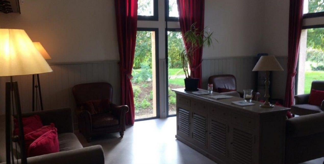 Photo du salon d'attente du Crématorium de Vannes